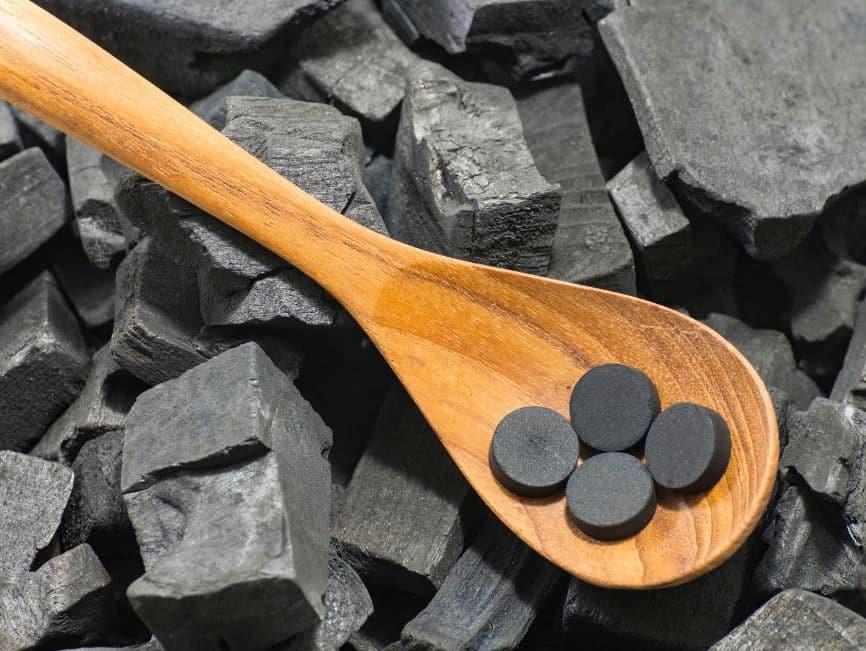حبوب الفحم لطرد الغازات