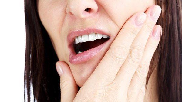Photo of علامات و اعراض سرطان الفم الاولى وطرق علاجه